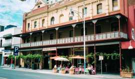 Plaza Hotel - Accommodation Sydney