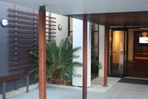 Quality Hotel Airport International - Accommodation Sydney