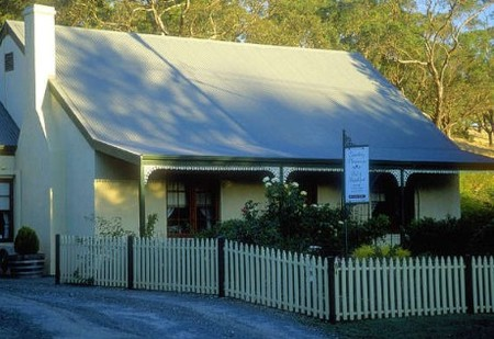 Country Pleasures Bed and Breakfast - Accommodation Sydney