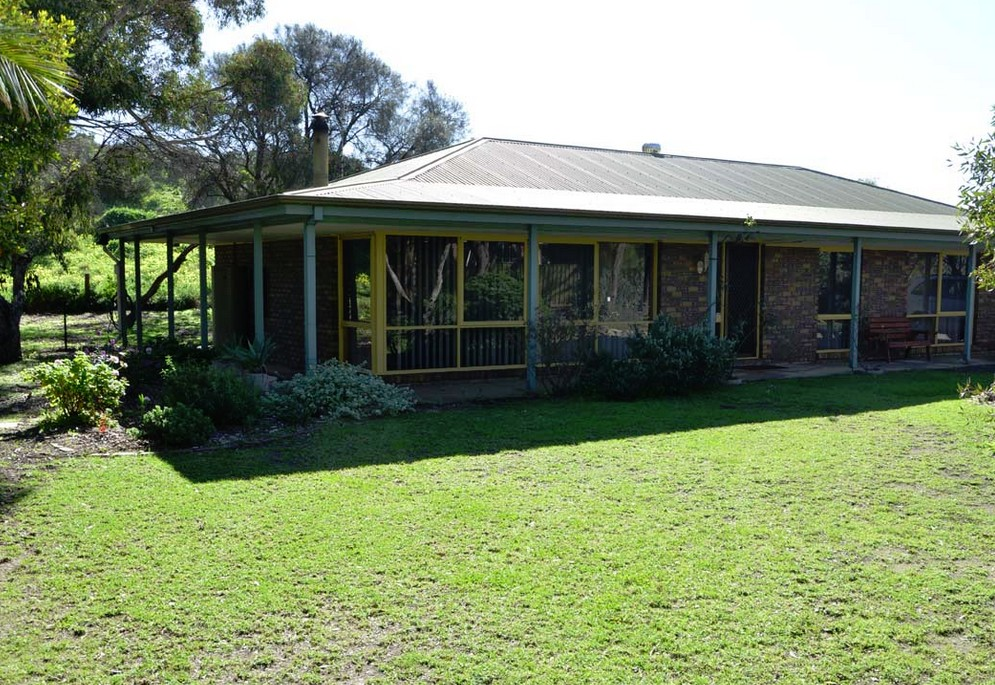 The Beach House - Normanville - Accommodation Sydney