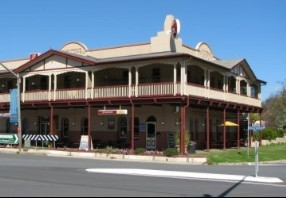The Royal Hotel Adelong - Accommodation Sydney