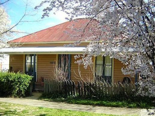 Cooma Cottage - Accommodation - Accommodation Sydney