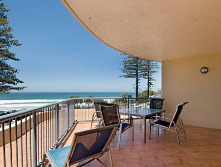 Coolum Baywatch Resort - Accommodation Sydney
