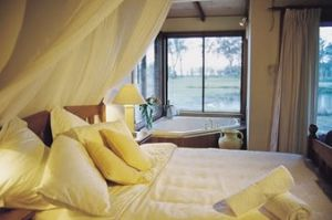 Lake Weyba Cottages - Accommodation Sydney