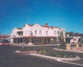 Namoi Hotel Motel - Accommodation Sydney