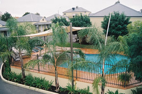Bridges on Meninya Motel  Apartments - Accommodation Sydney