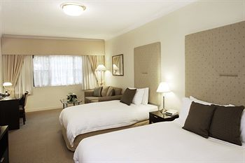 Grand Mercure The Hills Lodge - Accommodation Sydney