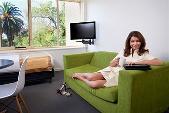 City Edge Serviced Apartments East Melbourne - Accommodation Sydney