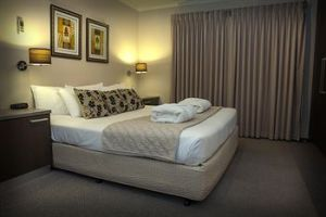Eltham Gateway Hotel - Accommodation Sydney