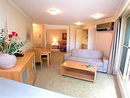 Waldorf Wahroonga Residential - Accommodation Sydney