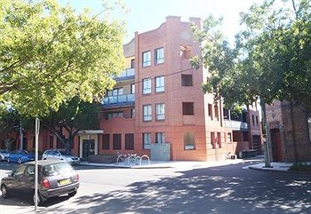 Ryals Serviced Apartments Camperdown - Accommodation Sydney