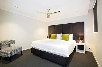 Astina Serviced Apartments - Parkside - Accommodation Sydney
