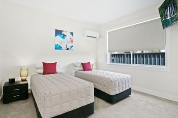 Belmont Executive Apartments - Accommodation Sydney