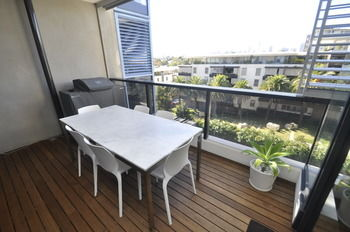 Camperdown 608 St Furnished Apartment - Accommodation Sydney