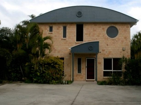 Beach House Redcliffe - Accommodation Sydney