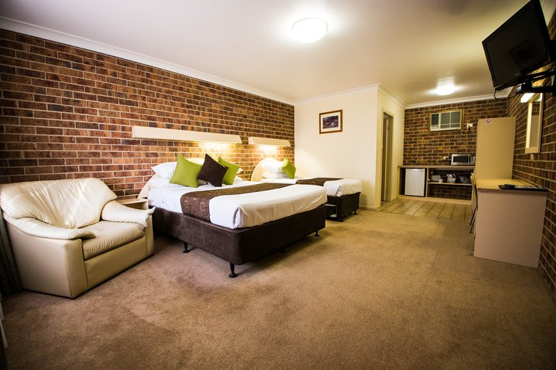 A-Line Motel - Accommodation Sydney