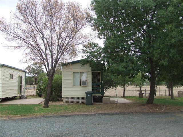 Grenfell Caravan Park - Accommodation Sydney