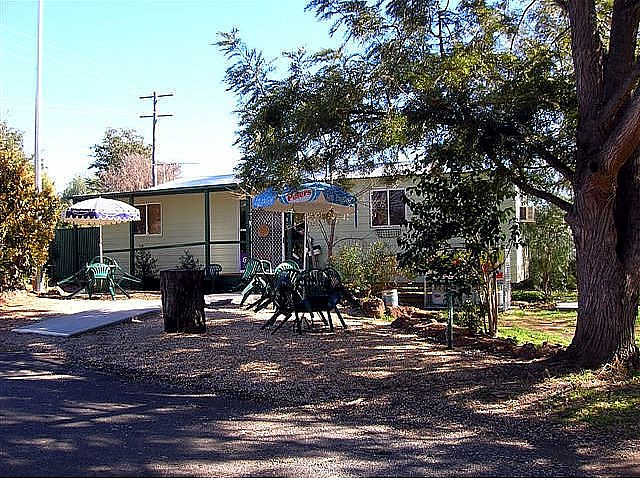 Manilla River Gums Caravan Park - Accommodation Sydney