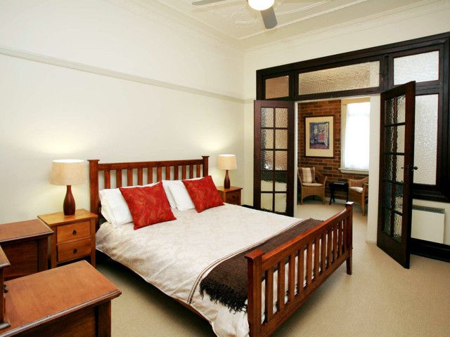 The Bank Guesthouse - Accommodation Sydney