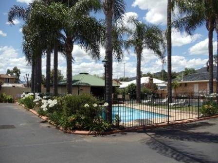 Town  Country Motor Inn Tamworth