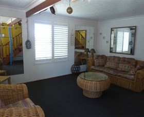 Sails Beach House Apartment Pottsville - Accommodation Sydney
