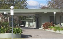Holbrook Skye Motel - Holbrook - Accommodation Sydney
