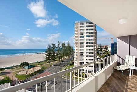 Eden Tower Holiday Apartments - Accommodation Sydney