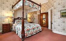 The Old George and Dragon Guesthouse - - Accommodation Sydney