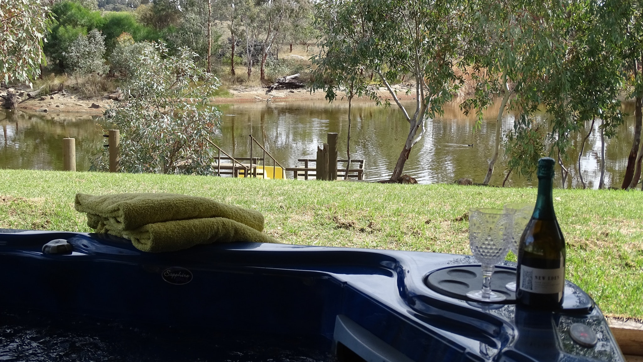 Jandas Lake View - Accommodation Sydney