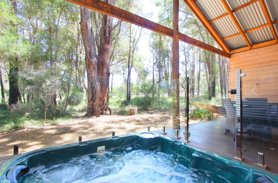 Hiddenvalley Eco Spa Lodges & Day Spa - Accommodation Sydney