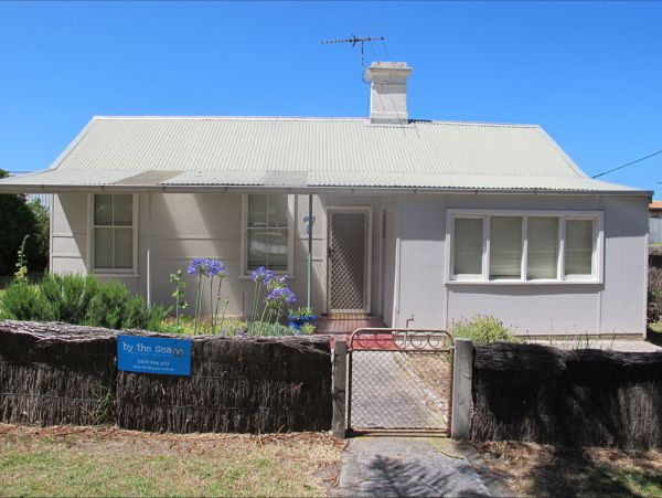 Holly's Holiday Home - Accommodation Sydney