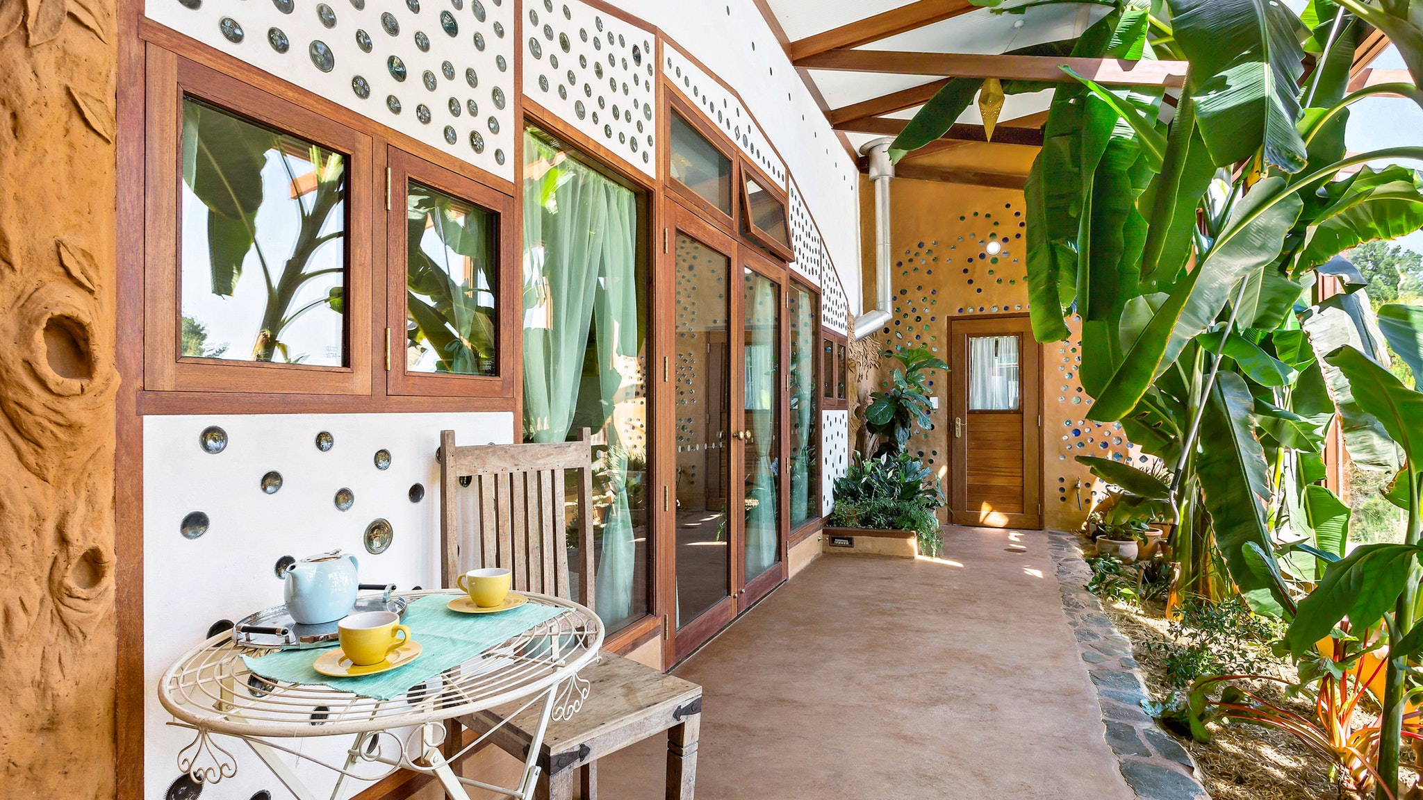 Earthship Ironbank - Accommodation Sydney