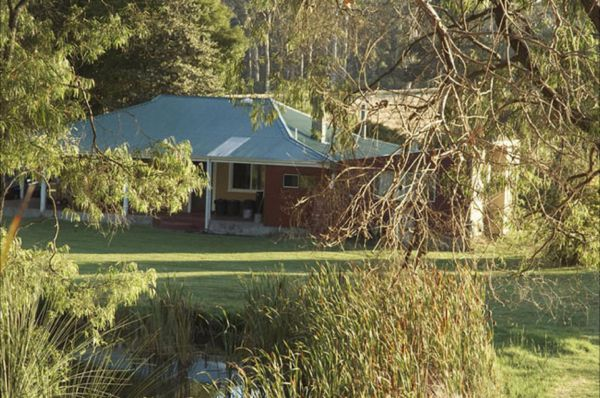 Crystal Springs Homestead - Accommodation Sydney