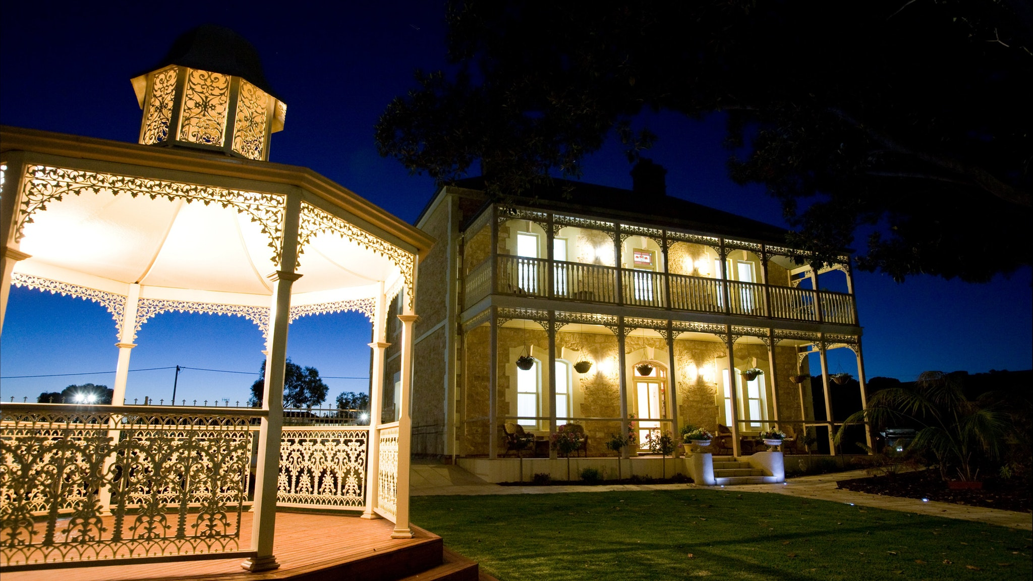 Rose Eden House at Goolwa - Accommodation Sydney
