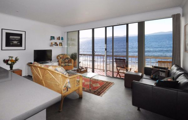Rivermouth on Kingston Beach - Accommodation Sydney