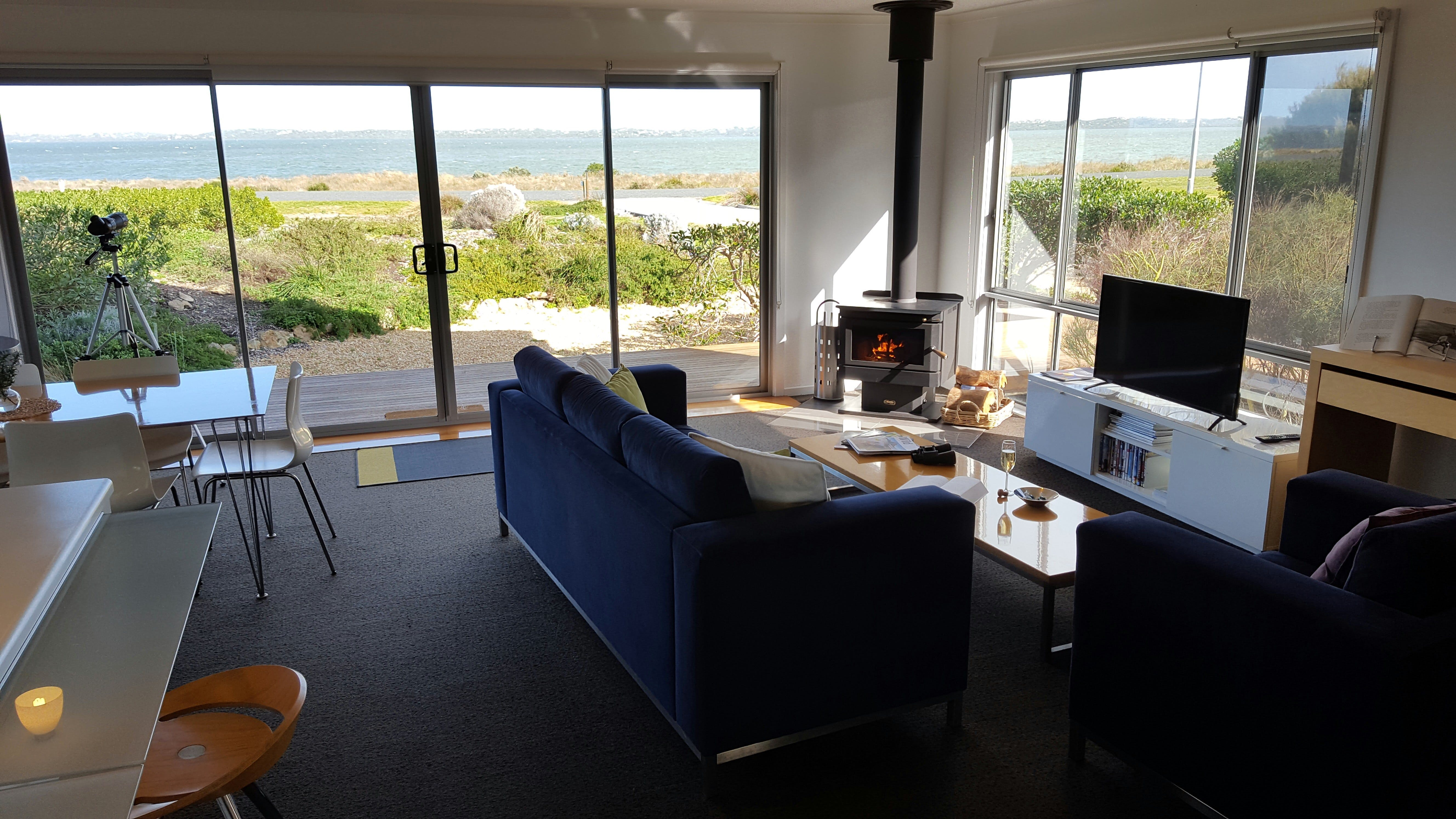 Coorong Waterfront Retreat - Accommodation Sydney
