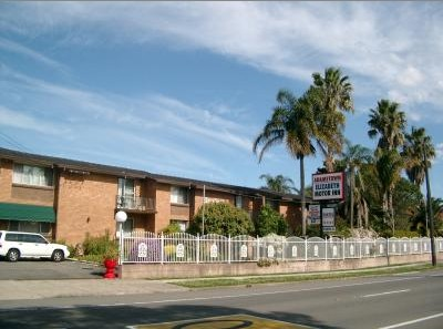 Adamstown Motor Inn - Accommodation Sydney