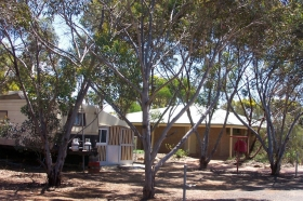 Lake King Caravan Park - Accommodation Sydney