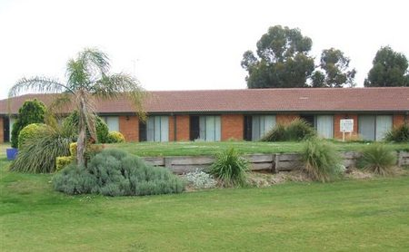 Berrigan Golf Club Motel