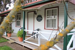 Coonawarra's Pyrus Cottage - Accommodation Sydney