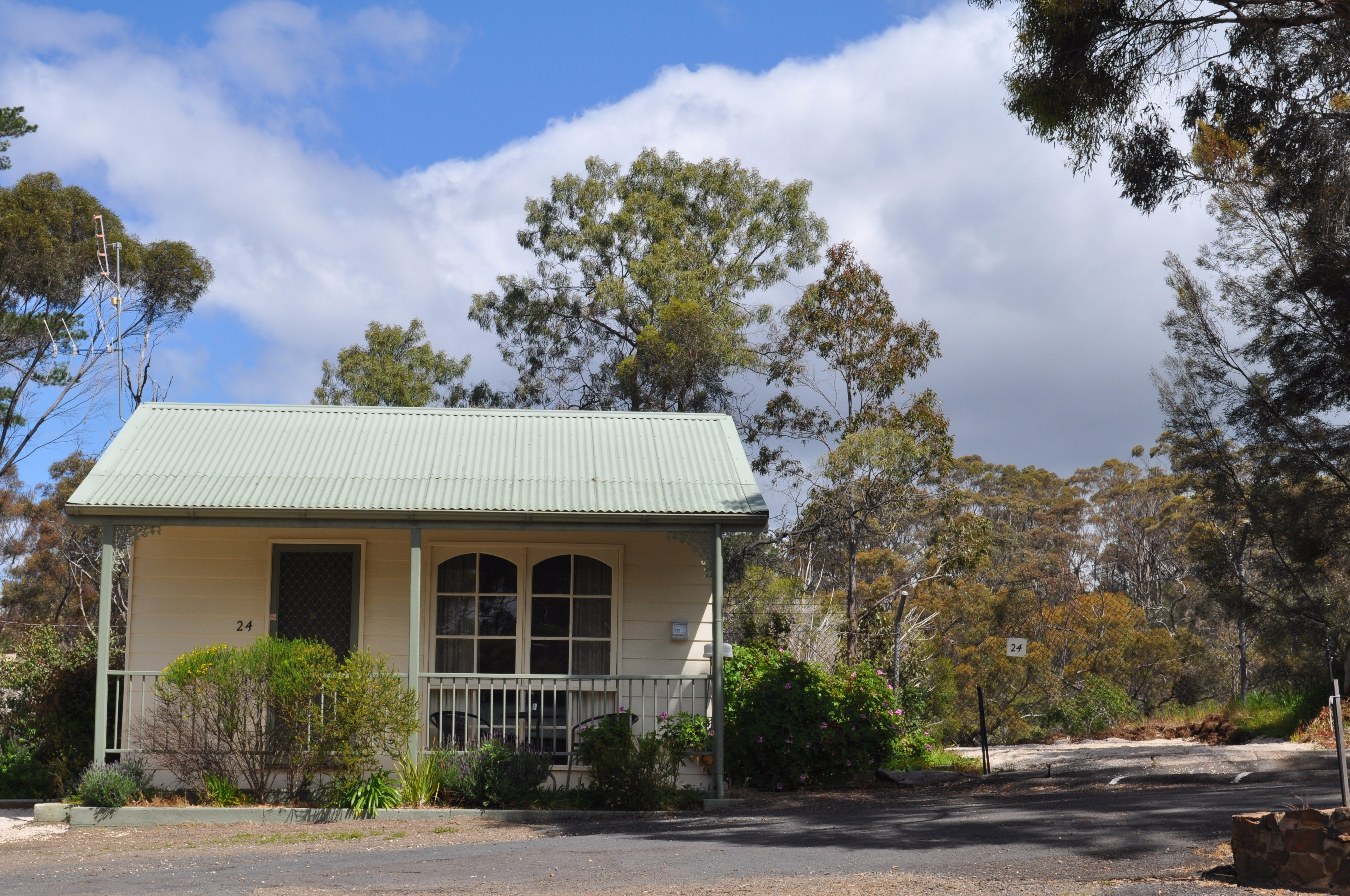 Maldon Caravan and Camping Park - Accommodation Sydney