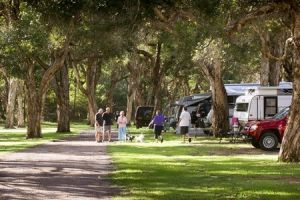 Beachfront Holiday Park - Accommodation Sydney