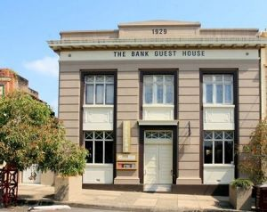 The Bank Guest House  Tellers Restaurant - Accommodation Sydney