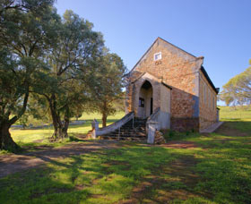 St Saviours Church Katrine - Accommodation Sydney