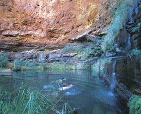 Dales Gorge and Circular Pool - Accommodation Sydney