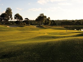 McCracken Country Club Golf Course - Accommodation Sydney