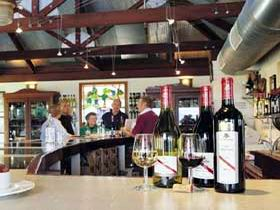 d'Arenberg Vineyard And Winery - Accommodation Sydney