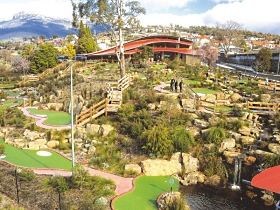 Putters Adventure Golf - Accommodation Sydney