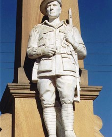 Beaudesert War Memorial - Accommodation Sydney