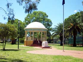 Kingaroy Memorial Park - Accommodation Sydney